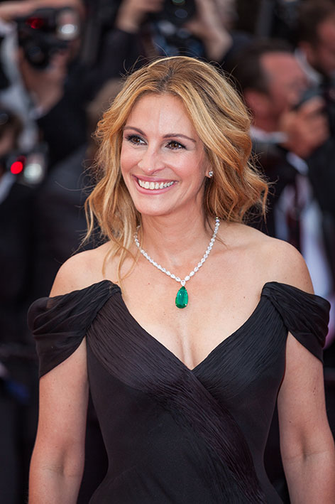 Julia Roberts wins National Smile Month's best smile 1