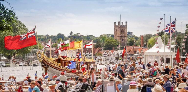 Trad boat festival