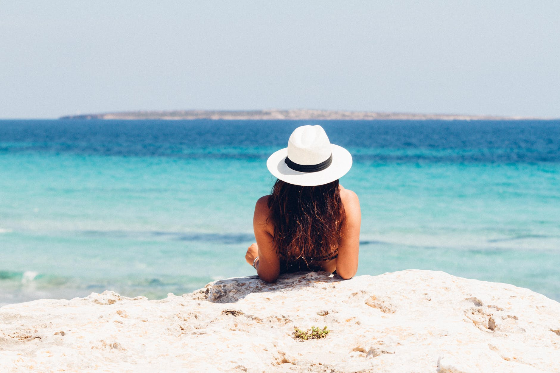 7 ways to maintain your holiday tan