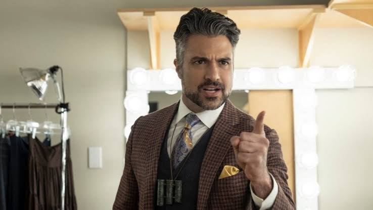 Jaime camil releases official youtube channel