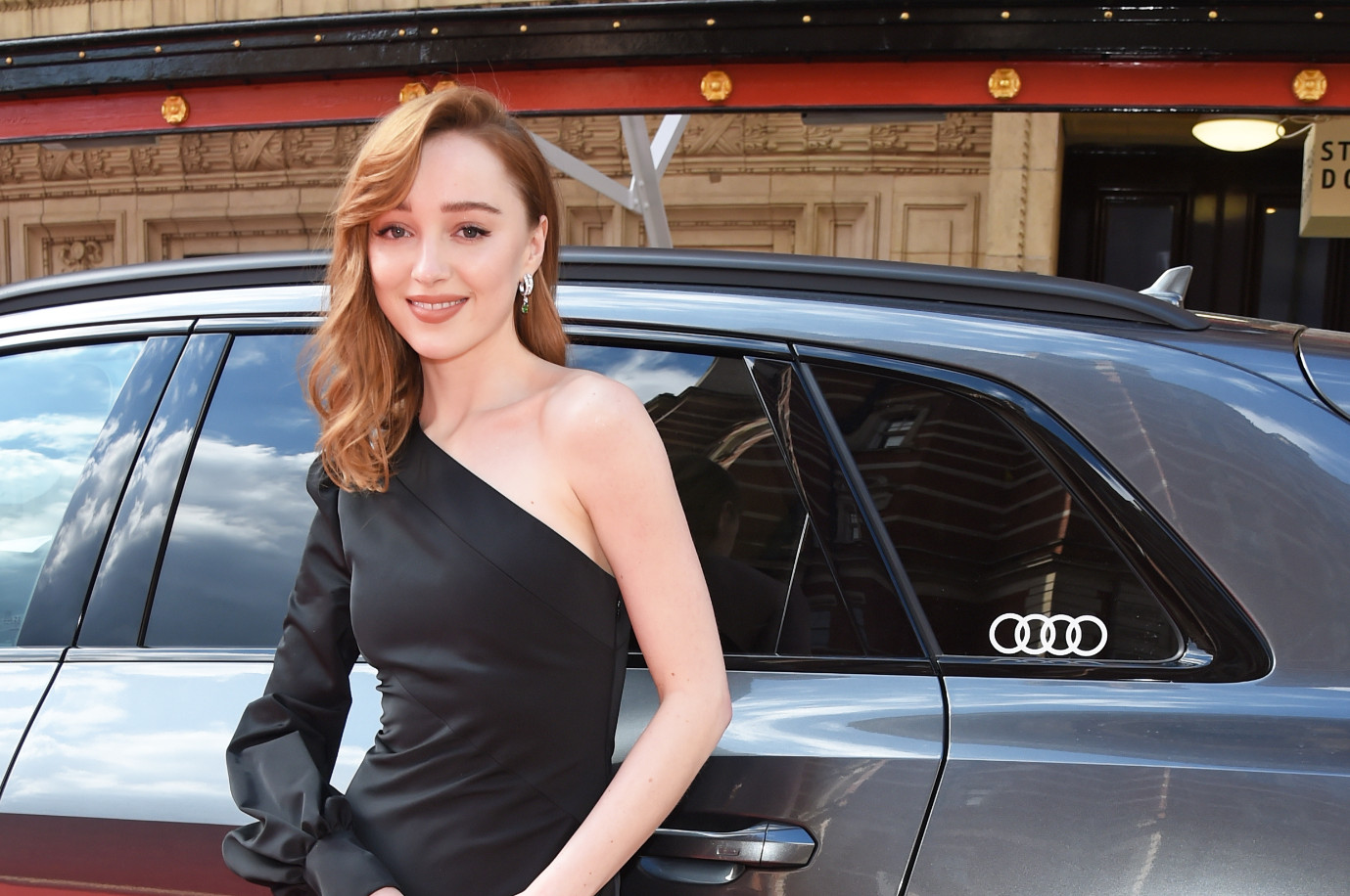 Audi drives the stars to the ee bafta film awards