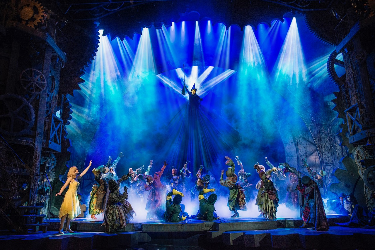 'wicked' celebrates 15 years in london